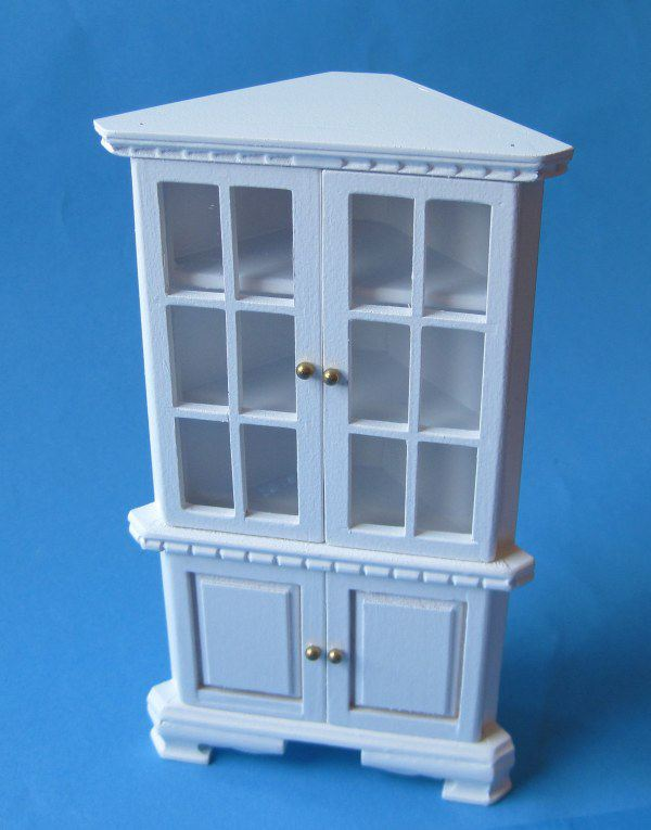 eckschrank vitrine f r puppenhaus m bel miniaturen 1 12. Black Bedroom Furniture Sets. Home Design Ideas