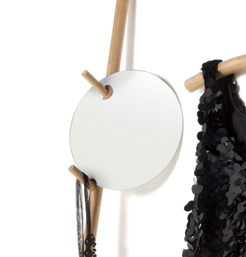 runder spiegel mit loch. Black Bedroom Furniture Sets. Home Design Ideas