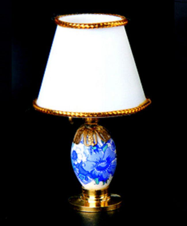 tischlampe led weiss blau puppenhaus beleuchtung miniaturen 1 12. Black Bedroom Furniture Sets. Home Design Ideas