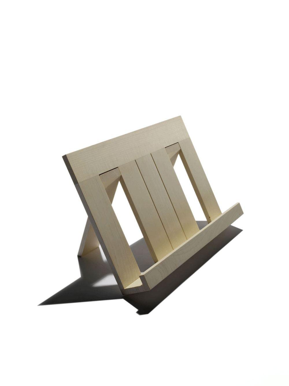 buchst nder aus holz ahorn von sidebyside design. Black Bedroom Furniture Sets. Home Design Ideas